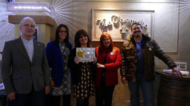 Blooms Moda gana el primer premio de la 'VIII Ruta de Escaparates Navideños' de Móstoles