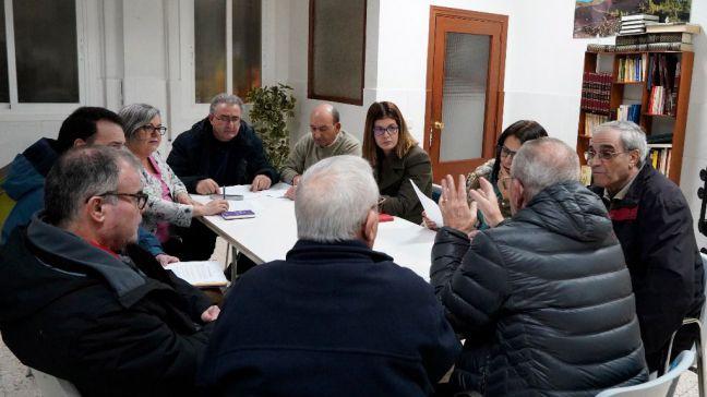 Los vecinos de Parque Guadalupe exponen los problemas del barrio a la Alcaldesa