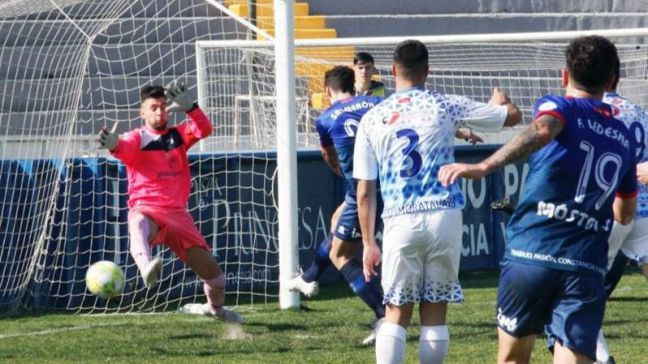 El CD Móstoles URJC vence por 4-1 al ED Moratalaz