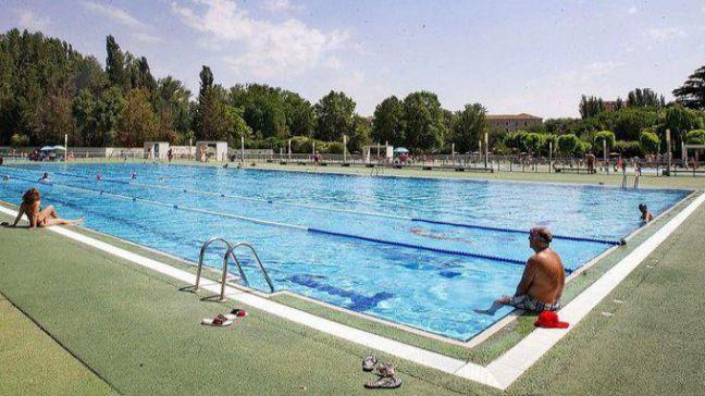 Almeida abrirá las piscinas 'con todas las medidas de seguridad' si Sánchez lo permite