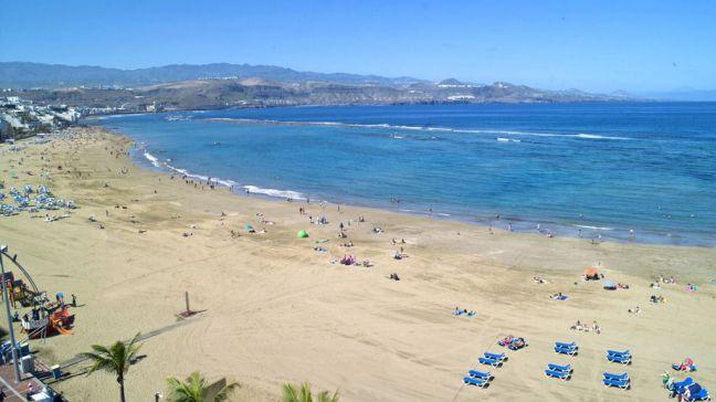 La canaria playa de Las Canteras a examen