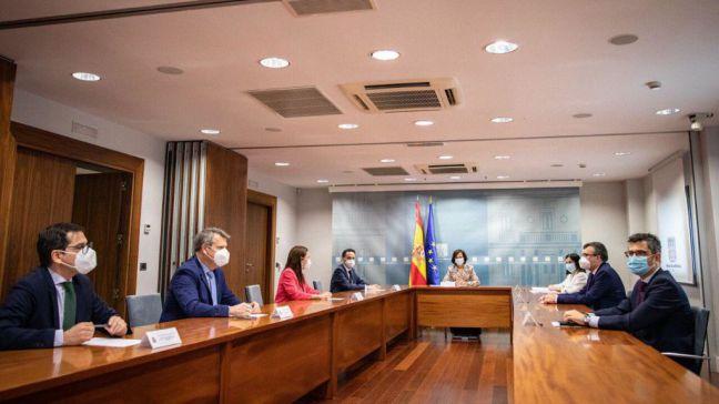¿Están PSOE y Cs pactando la salida de Ayuso de la presidencia de la Comunidad de Madrid?