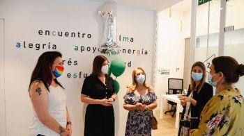 Noelia Posse visita el Espacio Activo contra el Cáncer de la AECC en su primer aniversario