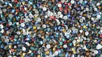 Móstoles y Nestlé firman un convenio para el tratamiento y reciclaje de cápsulas de café