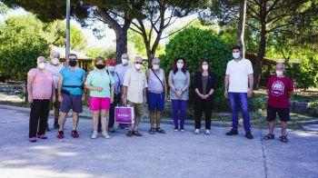 Noelia Posse visita los huertos de ocio para mayores