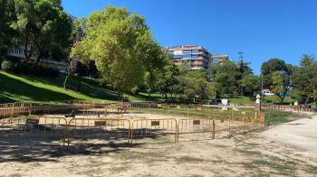 Nuevas áreas infantiles en el barrio de Pinares Llanos y el parque Andalucía