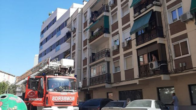La Policía evita que una mujer se precipitara al vacío desde su terraza