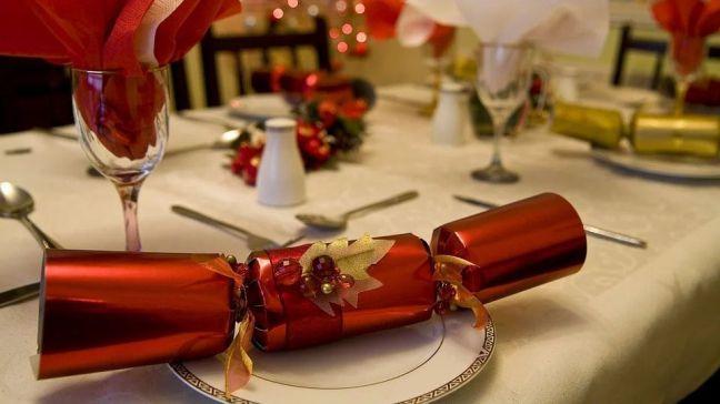 La Comunidad de Madrid propone limitar las reuniones navideñas a un máximo de 10 personas