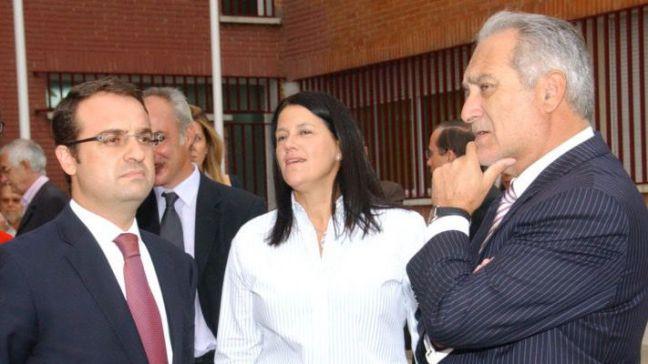 El PSOE de Móstoles exige al PP que expulsen a los imputados Esteban Parro y Daniel Ortiz