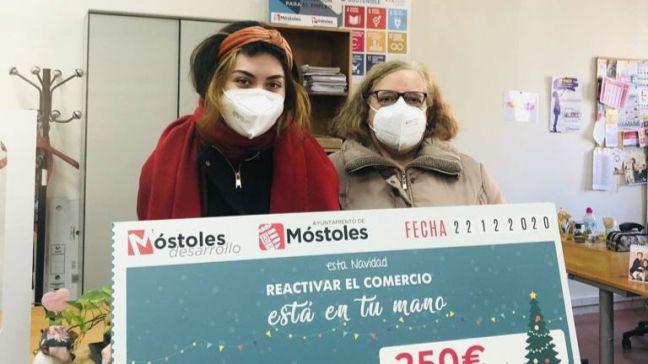 La campaña navideña de Móstoles deja 110.000 euros en compras en el comercio local