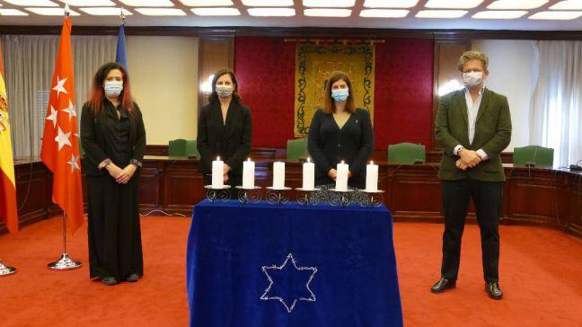 Móstoles rinde homenaje a las víctimas del Holocausto