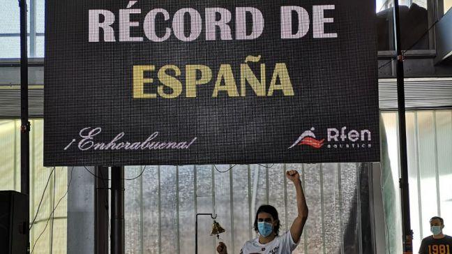 Andrés Ortiz de la A.D. Natación Móstoles bate el récord de España en 200m espalda