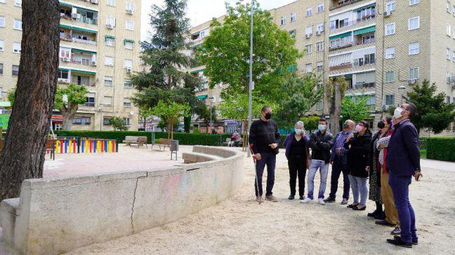 Noelia Posse visita el barrio de Campo de la Virgen junto a la Asociación de Vecinos