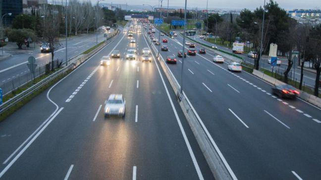 La Comunidad de Madrid advierte sobre la irregularidad que supone transportar paquetería en turismos