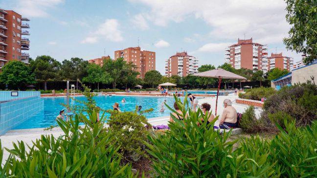 Noelia Posse visita las piscinas de verano abiertas este fin de semana