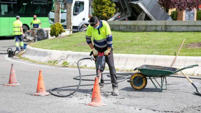 2.736 m2 de calles reparadas en el plan de bacheo de 2021 en Móstoles