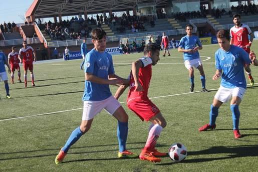 Triunfo del C.D. Móstoles frente a Las Rozas C.F. en su campo (0-1)