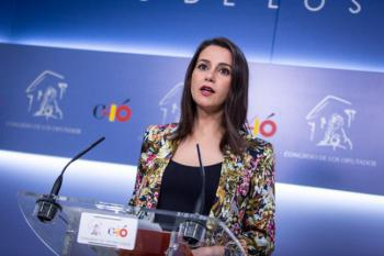 """Arrimadas: """"Si alguien tenía alguna duda sobre Sánchez, que escuche las palabras de Zapatero"""""""
