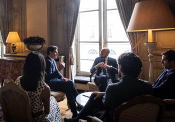 Rivera hace oídos sordos a las críticas de Macron