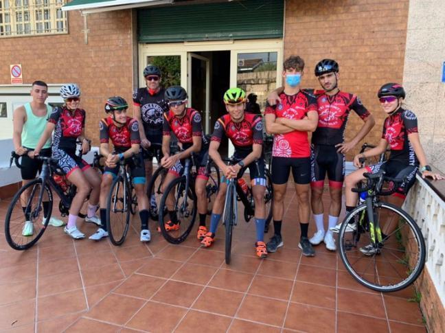 Gran actuación del Club Tri Infinity de Móstoles en el Campeonato de España de Triatlón Sprint