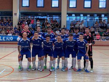 El Ciudad de Móstoles FS celebra el título liguero, tras vencer 5-4 al Torrejón Sala