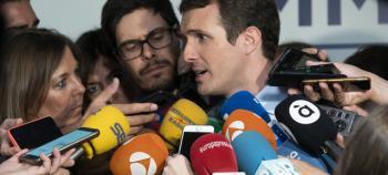Casado pregunta a Sánchez si indultará a los independentistas catalanes